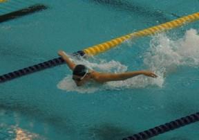 泳ぎ.JPG